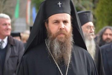 Скандал в църквата в Петрич, миряни нахлуха и се сдърпаха с поповете