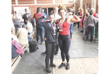 Радомирски момичета със злато и сребро на силов трибой