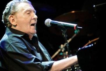 Легендата на рокендрола претърпя инсулт