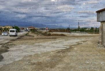 """Тромавата бюрократична процедура захапа отсечка от 1 км между АМ """"Струма"""" и Сандански"""