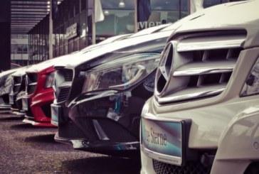 Брюксел иска от 2022 г. всички нови коли в ЕС да могат да спират сами