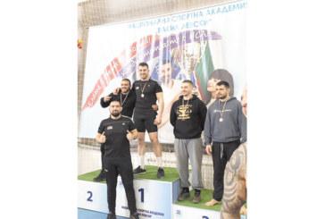 Борец от Полена републикански шампион по сумо