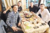 Санданчанин с хеттрик в Гърция влиза от полпозишън в плейофите