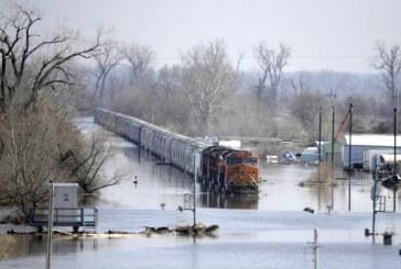 Опустошителни наводнения в САЩ: Мисури се надигна и заля Небраска