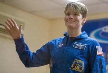 Астронавтката Ан Макклейн пораснала с 5 сантиметра на МКС