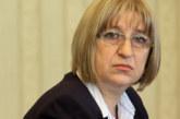Извънредно! Цецка Цачева хвърля оставка заради скандала с апартаментите