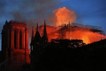 """Има съмнения стабилна ли е """"Нотр Дам"""" след пожара"""