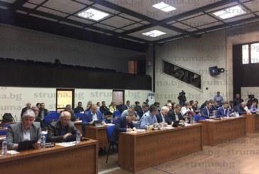 Съветникът К. Ханджийски поиска оставката на кмета Камбитов заради казуса с фирмата му