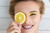Маска от лимон и захар спасява от черните точки