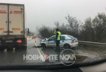 Катастрофа между патрулка и лека кола