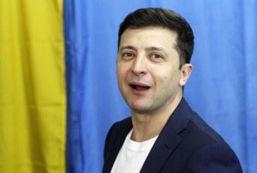 Владимир Зеленски печели с убедителна победа на президентските избори в Украйна