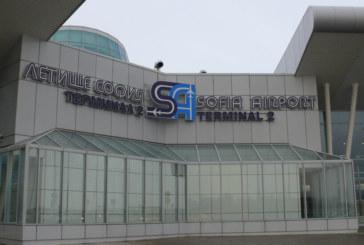 Пренасочиха самолети за столицата към Варна заради буря