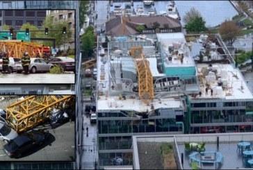 Четирима загинаха при падане на строителен кран