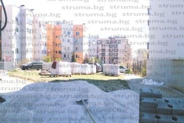 """Проверка на """"Струма"""" установи: С наема от антената на покрива живущите в бл. 205 В в """"Орлова чука"""" облагородяват междублоковото пространство"""