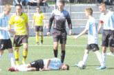 ЕКШЪН В УЧИЛИЩЕ! Малки футболисти от Перник ядоха бой от родители на юношески мач