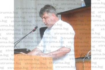 Помощи гейт в Петрич!  Общинският съветник Г. Стоилков избухна: Кой надписа 13 имена и наду парите в списъка от 123-ма нуждаещи се
