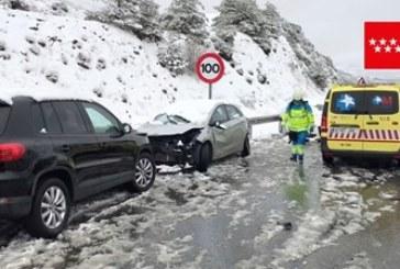 Тежка катастрофа заради снежна буря в Испания, десетки ранени
