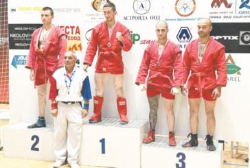 Национал от Кочан донесе титла по бойно самбо на благоевградски клуб