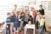 """На среща в ДГ №10 с """"жива писателка"""" благоевградските хлапета признаха: ще станат пожарникари заради големите свирки на пожарните коли"""