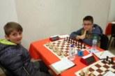 """Шахматистите на """"Виктори"""" с 4 медала от държавните първенства, 2 бронза за петрички талант"""