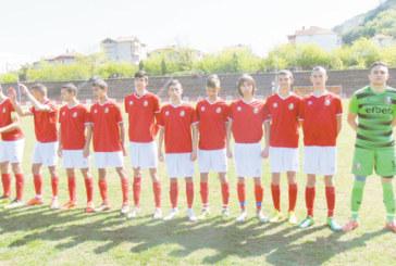 """Юношите на """"Беласица"""" изпуснаха четвъртия в класирането"""