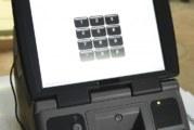 Машините за електронното гласуване пътуват към избирателните секции