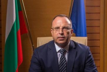Р. Порожанов с изявление след оставката