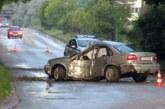 Шофьор изгуби управление над автомобила си и се заби в дърво! Транспортираха ранени в болница