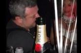 Рачков пиянства след раздялата с Мария,   комикът се налива с шампанско за 300 лева