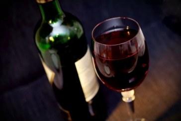 Пийте чаша вино всеки ден и ще избегнете депресия
