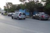 19-г. благоевградчанка заспа зад волана, блъсна два паркирани автомобила (СНИМКИ)