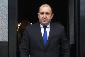 Румен Радев гласува и обяви: Европа и България се намират на кръстопът