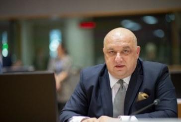 Кралев назначи цялостна проверка на Българската федерация по бадминтон