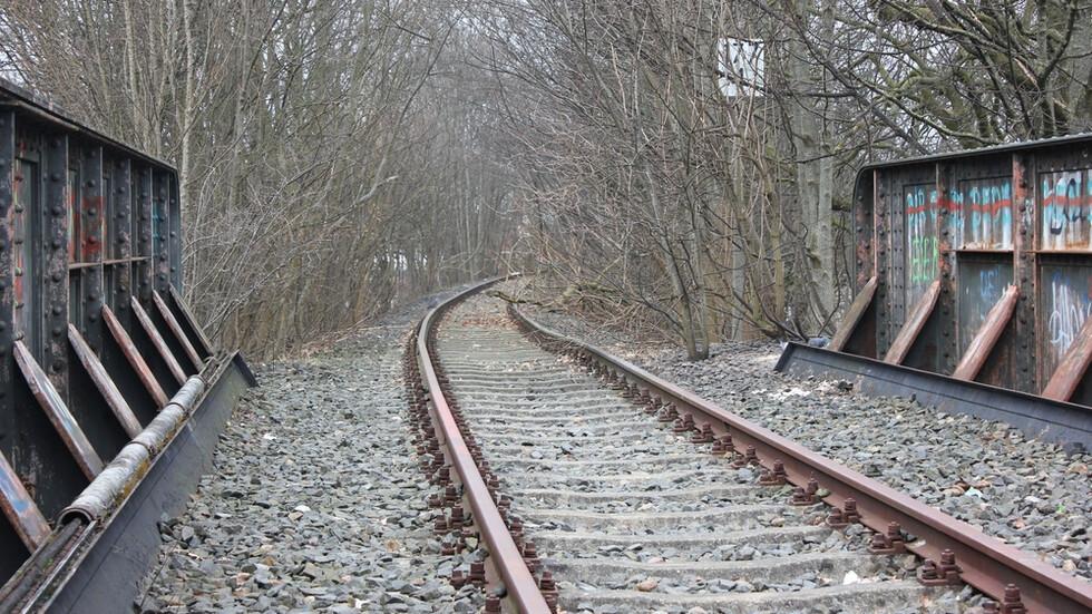 Катастрофа между влак и камион в Германия, има ранени