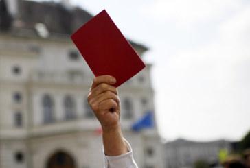 Хиляди протестираха в Австрия след оставката на вицеканцлера