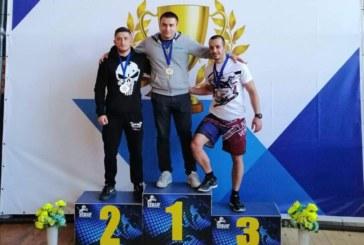 Боец от Кочан взе медали в две категории на граплинг