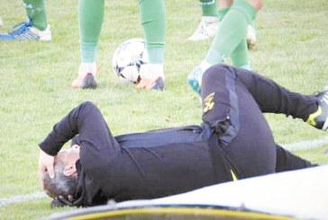 """""""Миньор"""" се отърва с 250 лв. за безумната атака на феновете с камъни срещу собствения си треньор"""