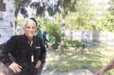 """Благоевградчанка се жалва за счупена надгробна плоча на старите гробища, гардовете от """"Алфа груп секюрити"""" отричат вандалски акт"""