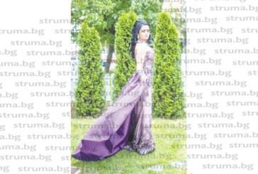 Абитуриентка-художничка от НХГ блесна с рокля като от турски сериал по собствен дизайн