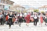 Четири ката хоро извиха на Гергьовден в Добринище, с дарове зарадваха кмета на Банско Г. Икономов за именния му ден