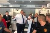 Борисов посрещна Ципрас в Кирково за пускането на газовата връзка, вози го в колата си