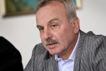 Почина Радослав Янкулов