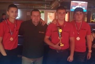 Петричани с отборна купа и бронз на билярд в Ружомберок