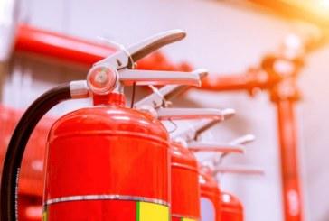 Голям пожар избухна тази нощ в Русе, горя бивше училище