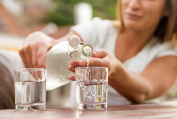 Наистина ли е полезно да пием много вода?
