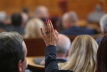 Голям спор в парламента заради смъртта на 6-г. дете