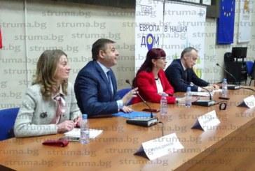 Училищни директори в Благоевград получиха план-програмата, преустройват коридори и директорски кабинети в класни стаи