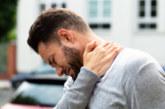 Как да се справим с болките във врата