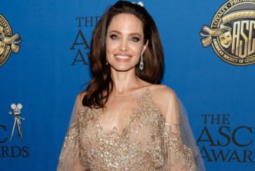 Анджелина Джоли на 44