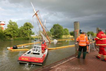Инцидент в морето! Ретро кораб потъна при сблъсък с товарен плавателен съд в Германия, има ранени